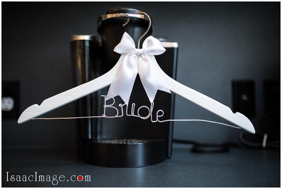 IMAGE: http://www.isaacimage.com/wp-content/uploads/2017/10/Toronto-Airship37-Wedding-Gina-and-James_3495.jpg