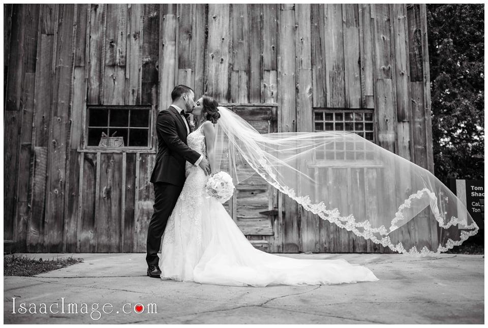 Chateau Le Parc Event Centre Wedding Elena and Dani_4617.jpg