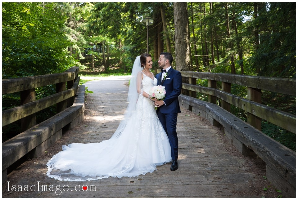 Chateau Le Parc Event Centre Wedding Elena and Dani_4673.jpg