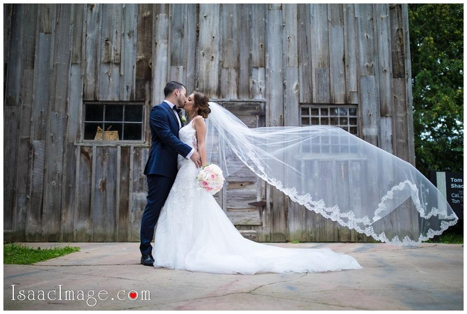 Chateau Le Parc Event Centre Wedding Elena and Dani_4695.jpg
